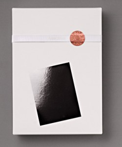 acne-jeans-2009-packaging-creative-1-250x300